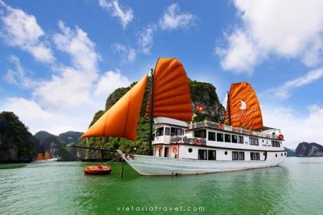 5 Best Cruises in Halong Bay