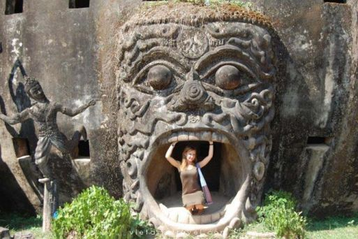 Dos and Don'ts on travelling Laos