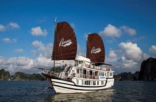 Renea Cruises Halong