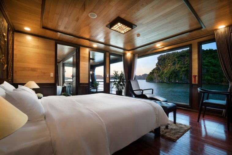 Grand-suite-balcony-cabin