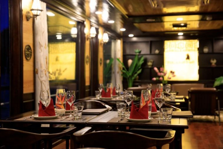 Perla-Dawn-Sails-Restaurant-13