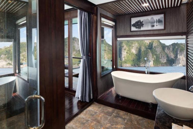 Orchid Exclusive Suite Bathroom